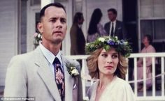 Real life: He wrote that his favorite movie of all time is Forrest Gump, and how when he met Joey it was like when Forrest met Jenny (above) Movie Couples, Cute Couples, Movies Showing, Movies And Tv Shows, This Life I Live, Real Life, Tom Hanks Movies, Forrest Gump 1994, Bon Film