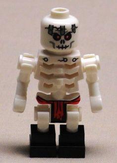 Lego FrakJaw NINJAGO Minifig Scary Skeleton Guy Minifigure