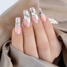 """From the deepest part of my heart, I bring to you """"Elegant Nail Arts for Ladies."""" When you don't know the value of your nails, you will always feel cheated. These nail arts below would give a glimpse of what you should do. Fabulous Nails, Gorgeous Nails, Pretty Nails, Rhinestone Nails, Bling Nails, Do It Yourself Nails, Nagel Bling, Elegant Nail Art, Nails Design With Rhinestones"""
