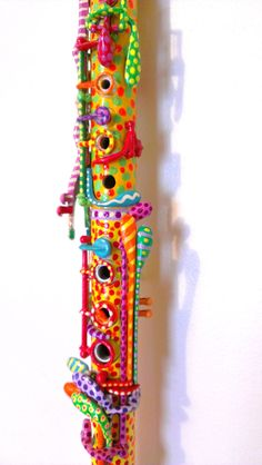 CRAZY!!!!Hand Painted Clarinet I WANNA DO THIS SOOOOOOOOOOO BAD!!!!! :D