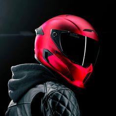 The Atlas Crimson motorcycle helmet is DOT FMVSS 218 + ECE safety tested for ultimate protection. Featuring anti-scratch and anti-fog flow coated visors for enhanced visibility. Honda Motorcycles, Vintage Motorcycles, Custom Motorcycles, Victory Motorcycles, Custom Choppers, Custom Motorcycle Helmets, Motorcycle Style, Women Motorcycle, Cb 1000