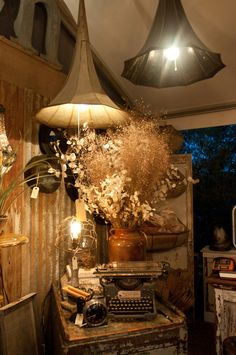 wow! love the use of reclaimed items