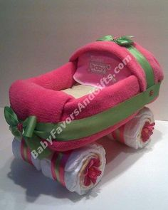 Google Image Result for http://images03.olx.com/ui/20/70/35/1335832889_320946535_5-Baby-shower-gifts-Diaper-cakes-Centerpieces-Table-decorations-Pennsylvania.jpg