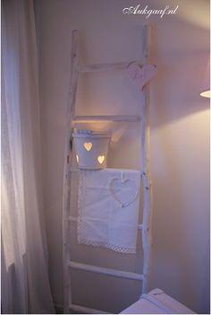 Super gave houten ladder! Leuk op een kinderkamer maar ook leuk in de woonkamer!