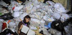 La gestión ambiental es más que manejo de residuos sólidos | Nacion.com Decor, Projects, Management, Decorating, Dekoration, Deco, Decorations, Deck, Decoration
