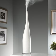 Stylish cool mist humidifiers and aroma diffusers.