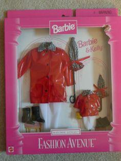 Barbie Fashion Avenue Barbie & Kelly Matchin' Styles Red Patent Rain Slickers