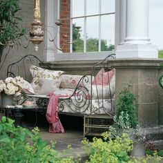 Time to relax   Country garden ideas   Homes & Gardens   Housetohome   PHOTOGALLERY