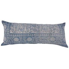 Indigo Blue & White Batik Pillow (340 CAD) ❤ liked on Polyvore featuring home, home decor, throw pillows, pillows, white toss pillows, indigo home decor, white accent pillows, antique home decor and indigo throw pillows