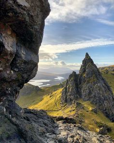 Looking down from The Old Man of Storr, Isle of Skye, Scotland Beautiful World, Beautiful Places, Beautiful Scenery, Landscape Photographers, Nature Photography, Photography Tips, Travel Photography, Photography Courses, Digital Photography