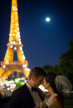 Evening wedding in Paris | Image by Pictours Paris - Wedding and Elopement Photography in Paris