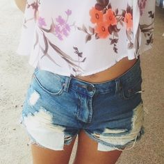 @s0meoneelse in the Summer Sky Cutoff Shorts || Get the shorts: http://www.nastygal.com/clothes-bottoms-shorts/summer-sky-cutoff-shorts?utm_source=pinterest&utm_medium=smm&utm_term=ngdib&utm_content=nasty_gals_do_it_better&utm_campaign=pinterest_nastygal