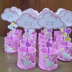 centro de mesa chuva de amor Birthday Bag, Girl Birthday Themes, Birthday Party Decorations, Baby Shawer, Baby Love, Baby Party, Baby Shower Parties, Diy And Crafts, Crafts For Kids