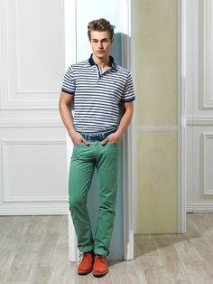 Artık ayakkabılarınız kıyafetinizle aynı renkte olmak zorunda değil, ama aynı stilde olmasına dikkat etmelisiniz. #ayakkabi #kiyafet www.hatemoglu.com