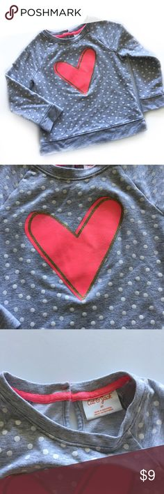 💕Adorable Sweatshirt 💕 Super cute sweatshirt by Cat & Jack. It has a Glittery gold outlined heart on the front. Keyhole neck closure. Excellent used condition! First time posh! Cat & Jack Shirts & Tops Sweatshirts & Hoodies