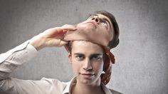 Kłamca – Jak wykryć kłamstwo z mimiki twarzy i gestów