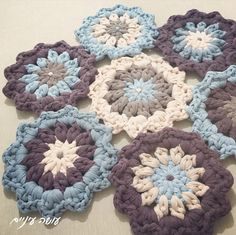 2 Carpet Crochet, Crochet Home, Love Crochet, Crochet Granny, Knit Crochet, Cotton Cord, Crochet Teddy, Knitted Flowers, Blue Blanket