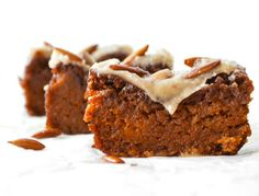 """The Paleo pumpkin bread recipe  Binders If xantham gum, guar gum, or psyllium husk powders make your belly upset you can usually substitute with ground flax seeds or ground chia seeds. Simply substitute the same amount of ground flax or ground chia seeds as the gum or psyllium husk called for in the recipe and add twice the amount of super warm water, giving it all a good stir until it's thick, goopy, and kinda """"eggy"""". That's it and should do the trick. So far it's been working great!"""""""