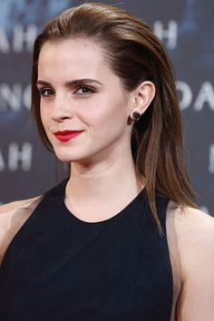A different look for Watson at the premiere of Noah: straight hair, slicked-back, with tons of volume.