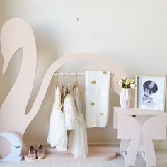 Sunday morning pretties!! Our Swan Clothing Rack and Bow table both in Blush.. #kardashiankids