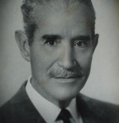 Juan Manuel Tato (Buenos Aires 1902 🇦🇷 2004 Buenos Aires). Viajó a Viena para formarse en la especialidad de ORL. Primer americano en operar una otosclerosis, en 1933, siguiendo las técnicas de fenestración del c.s.e. de Sourdille y Holgrem. Destacó en el campo de la Audiologia.