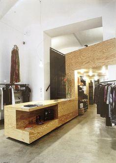 simpele materialen | OSB | winkel | doorlopend meubel | toonbank