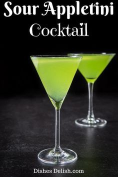 Be prepared to pucker up with this appletini cocktail. This recipe has a sour edge to it but is so delicious that you'll smack your lips after every sip. It has a gorgeous green color and perfect to serve at your St. Colorful Cocktails, Easy Cocktails, Summer Drinks, Green Cocktails, Cocktail And Mocktail, Cocktail Recipes, Drink Recipes, Alcohol Recipes, Dinner Recipes