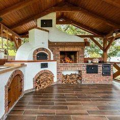 Backyard Kitchen, Outdoor Kitchen Design, Patio Design, Backyard Patio, Outdoor Kitchens, Summer Kitchen, Wall Design, Backyard Layout, Small Kitchens