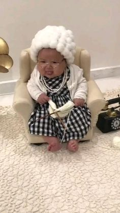 Cute Funny Baby Videos, Cute Funny Babies, Funny Videos For Kids, Cute Baby Pictures, Funny Kids, Funny Cute, Cute Kids, Adorable Babies, Cute Little Baby