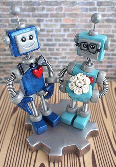 Robots as a cake topper! :) #Geeky #Cute