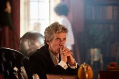 """bargaingingerkitty: """"More new photos from BBC America. These are from the first episode of Series 10 of Doctor Who, The Pilot. Capaldi Doctor Who, Doctor Who 12, 12th Doctor, Twelfth Doctor, Good Doctor, Broadchurch, Sci Fi Series, Tv Series, Bbc America"""