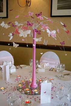 Butterfly table decoration, replace with black base and stars. Butterfly Table Decorations, Butterfly Centerpieces, Party Centerpieces, Wedding Decorations, Butterfly Birthday Party, Butterfly Baby Shower, Butterfly Wedding, Butterfly Tree, Decoration Communion