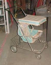 Vintage baby stroller Oh my goodness! I had one, very much like this one, and strolled my dollies around in it all the time. Big blast from the past. Vintage Pram, Vintage Toys, Retro Vintage, Vintage Stroller, Vintage Heart, Retro Toys, Vintage Stuff, My Childhood Memories, Great Memories