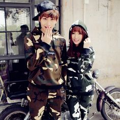 Camouflage Couple Sets New Long-Sleeved Camouflage Suit Men of Street Boys and Girls Couple Suit Military Camouflage Suit, Camouflage Fashion, Couple Tees, Girl Couple, Matching Couple Outfits, Matching Couples, Suit Men, Mens Suits, Boyfriend Girlfriend