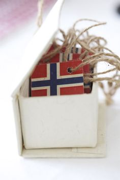 small flag ornaments can be great toppers for volunteer gifts Expedition Norway VBS 2016 Norway Christmas, Norwegian Christmas, Scandinavian Christmas, All Things Christmas, Christmas Crafts, Christmas Decorations, Xmas, Christmas Tree, Norway Design