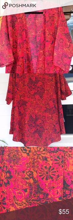 Lularoe LINDSAY Kimono Cover up ~ Red Floral SZ L LuLaRoe Lindsay Kimono  New Without Tags   Beautiful flowy bright Red/Orange floral with black - stunning!!  Size L - no stretch LuLaRoe Tops