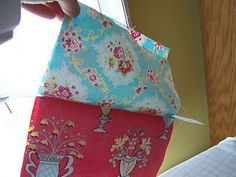 n' stitches designs: Lined Purse with Zipper Tutorial Sewing Hacks, Sewing Tutorials, Sewing Crafts, Sewing Projects, Coin Purse Tutorial, Zipper Pouch Tutorial, Bag Patterns To Sew, Sewing Patterns, Dress Patterns