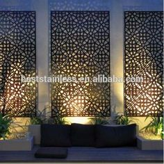 Enjoy your relaxing moment in your backyard, with these remarkable garden screening ideas. Garden screening would make your backyard to be comfortable because you'll get more privacy. Outdoor Screens, Outdoor Walls, Outdoor Rooms, Outdoor Life, Outdoor Wall Panels, Pergola Screens, Modern Outdoor Living, Window Screens, Outdoor Kitchens