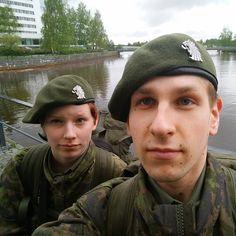 Säkylän someagentit matkalla Oulun paraatiin. Saa tulla nykimään hihasta! #paraati15 #intti #porpr #maisemamatkailu Instagram