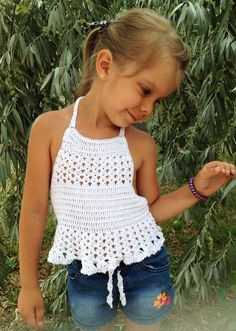 Crochet toddler top White crop top Open back halter top Crochet baby toddler outfit Beach clothing child Boho wrap lace top Hippie kids top - Toddlers Ideas Débardeurs Au Crochet, Boho Crochet, Pull Crochet, Crochet Toddler, Crochet Halter Tops, Crochet Girls, Crochet Crop Top, Crochet For Kids, Hippie Top
