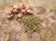 Sweet Roses Hair Tea (stevia for itchy scalp)