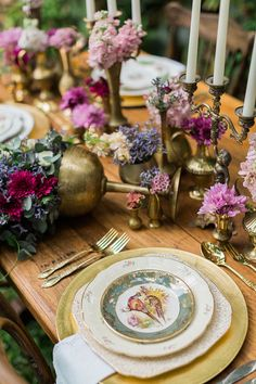 Mixed brass vessel centrepiece with vintage china | Ricky Ebel Photography
