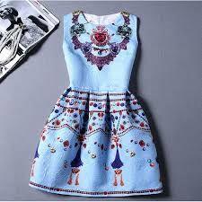 Resultado de imagem para modelos de vestidos de adolescente