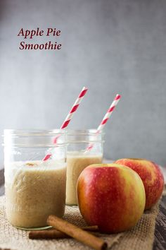 Apple Pie Smoothie - all the flavors of an apple pie in a good for you smoothie!