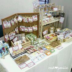 Stall Display, Vendor Displays, Craft Booth Displays, Market Displays, Display Ideas, Craft Show Table, Craft Show Ideas, Brooch Display, Jewellery Display