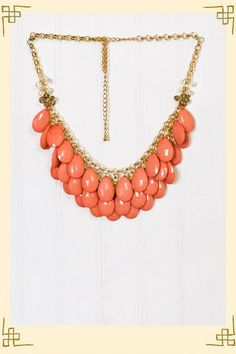 Gorgeous Teardrop Necklace in Coral.I'm so into coral right now! Already have it in Ivory! Coral Lace, Coral And Gold, Coral Jewelry, Jewelry Accessories, Silver Jewelry, Passion For Fashion, Love Fashion, Teardrop Necklace, Jewelery