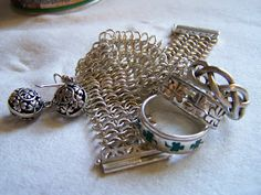 How to clean your silver jewelry w/ boiling water, salt and baking soda