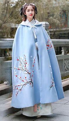 Korean Traditional Dress, Traditional Dresses, Pretty Prom Dresses, Simple Dresses, Hanfu, English Dress, Japanese Fashion, Chinese Fashion, Ethnic Chic