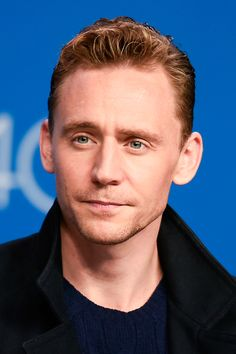 Tom Hiddleston attends the 'High-Rise' press conference at the 2015 Toronto International Film Festival at TIFF Bell Lightbox on September 14, 2015 in Toronto. Full resolution: http://ww3.sinaimg.cn/large/6e14d388gw1ezvx2yp8p6j22p82p8kjo.jpg Source: Torrilla, Weibo