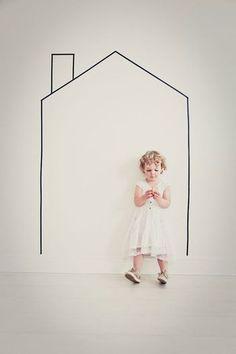 家の中にもうひとつの家?!イラストタッチのシンプルなお家が、なんともキュートです。